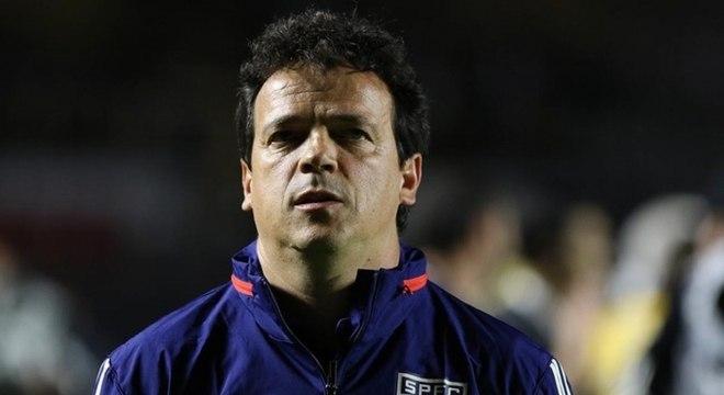 Fernando Diniz durante a vitória do São Paulo sobre o Vasco