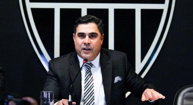 Sérgio Sette Cama anunciou redução de salários sem falar com atletas