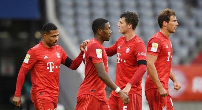 Elenco do Bayern  aceita proposta e reduz salários em função da crise