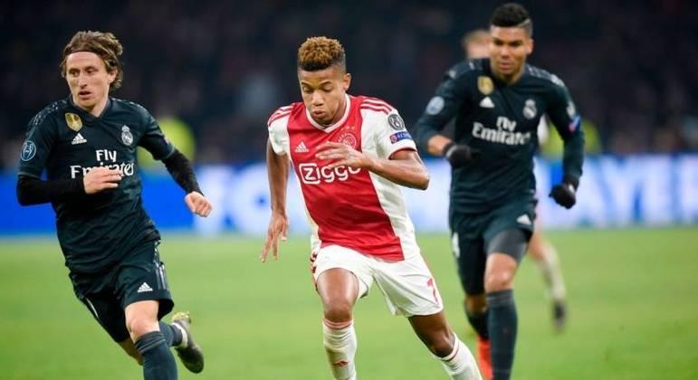 São Paulo terá direito a até 5% do valor da negociação do Ajax por David Neres