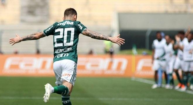 Lucas Lima abriu o placar para a vitória do Palmeiras por 3 a 1 sobre o Cruzeiro