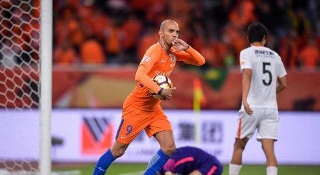 Tardelli ficou quatro anos na China e ainda não aceitou proposta de nenhum clube