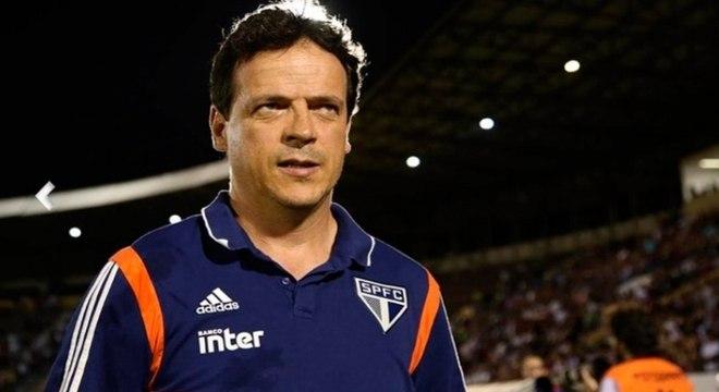 Fernando Diniz completou cinco jogos seguidos sem perder no São Paulo