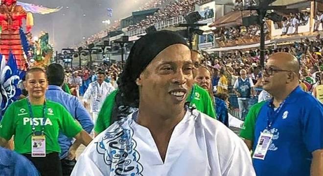 Ronaldinho costuma curtir o carnaval no Rio de Janeiro