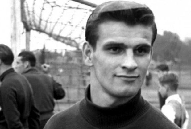 8 – Sándor Kocsis - Fiel escudeiro de Puskas, Sándor Kocsis tem 75 gols em 68 jogos pela Hungria. Média de mais de um gol por partida