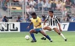 1990: Separados em três grupos, Brasil e Uruguai lideraram as suas chaves e foram diretamente para a Copa de 90. A Colômbia liderou o grupo B, porém precisou disputar a repescagem contra Israel, vencendo e garantindo a vaga. Campeã do Mundial anterior, a Argentina já tinha vaga assegurada