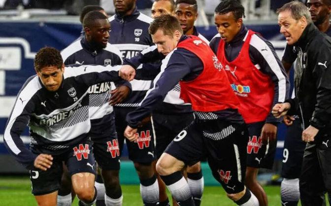 O zagueiro Pablo foi muito bem com a camisa do Corinthians e construiu seu nome no clube. Hoje no Bordeaux, da França, o jogador já admitiu o desejo de retornar ao clube paulista