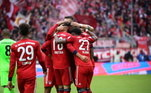 O Bayern de Munique aparece em segundo. Alemães tem 477pontos - 36participações - 349 jogos -5títulos
