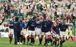 Um dos maiores vencedores do Campeonato Escocês, o Glasgow Rangers ruiu em 2012. O clube acumulava 134 milhões de libras (por volta de R$ 600 milhões) em dívidas. A agremiação The Rangers foi fundada e só chegou à elite escocesa em 2016