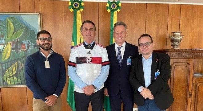 Landim luta contra a MP que ele conseguiu com Bolsonaro. Inacreditável...