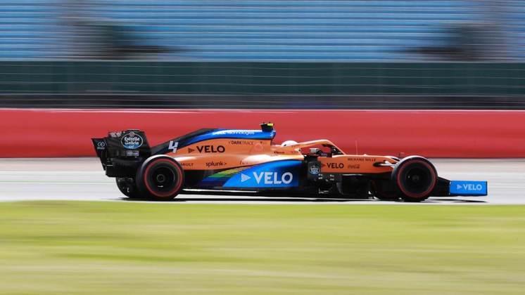 Lando Norris em ação na classificação em Silverstone