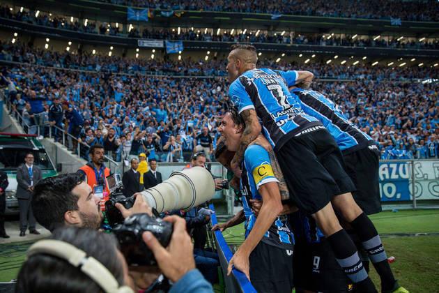 Lanús 1 X  2 Grêmio - Final Copa Libertadores 2017 - No ano em que Luan foi eleito o Craque da América, o camisa 7 teve uma de suas melhores atuações pelo Grêmio, marcando na Argentina e ajudando o Imortal no tricampeonato da Libertadores.