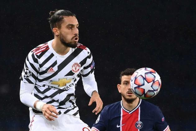 Lateral-esquerdo: Alex Telles (Manchester United)