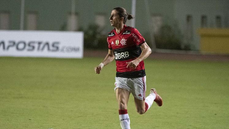 Lateral-esquerdo reserva: Filipe Luís (Flamengo) - dois votos.