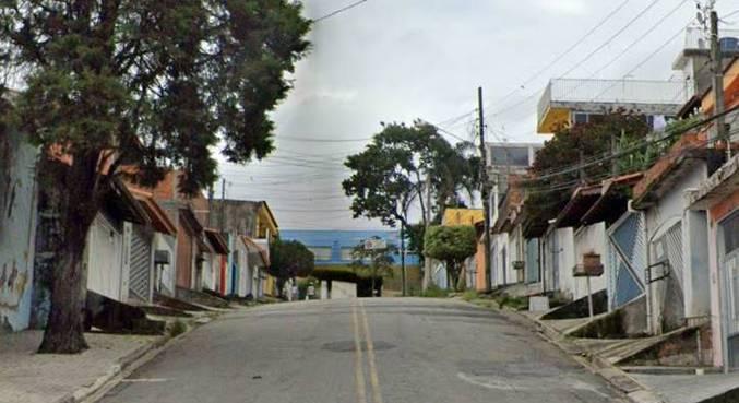 Crime ocorreu na loja de roupas da vítima, em Mogi das Cruzes