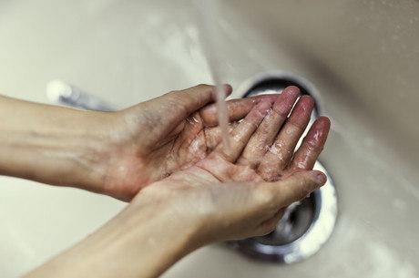 lavar-mãos-higiene