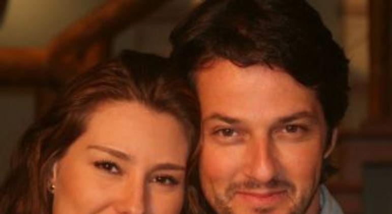 Lavinia Vlasak e Marcelo Serrado. Foto: Record TV