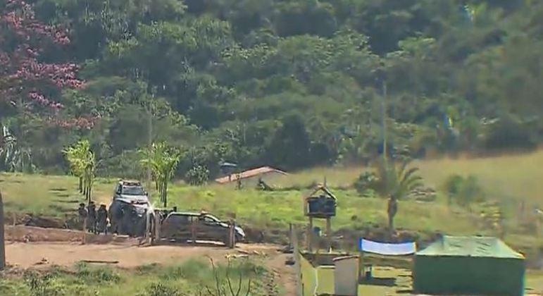 Polícia monta base em perímetro do cerrado de Goiás para encontrar Lázaro