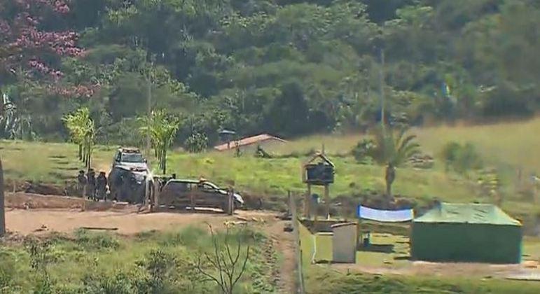 Força-tarefa recebe denúncia sobre esconderijo de Lázaro Barbosa na mata
