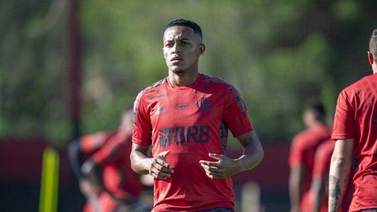 Lázaro – Meio-campo – Flamengo – 19 anos – Contrato até março de 2025 – Valor de mercado: 1,8 milhão de euros