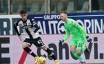 O domingo também foi de vitória para a Lazio, que bateu a equipe do Parma pelo placar de 2 a 0. os dois gols da partida foram marcados no segundo tempo, sendo anotados por Luis Alberto e Felipe Caicedo. A Lazio segue na briga por uma vaga na Liga dos Campeões, enquanto o Parma amarga a vice-lanterna do Campeonato Italiano