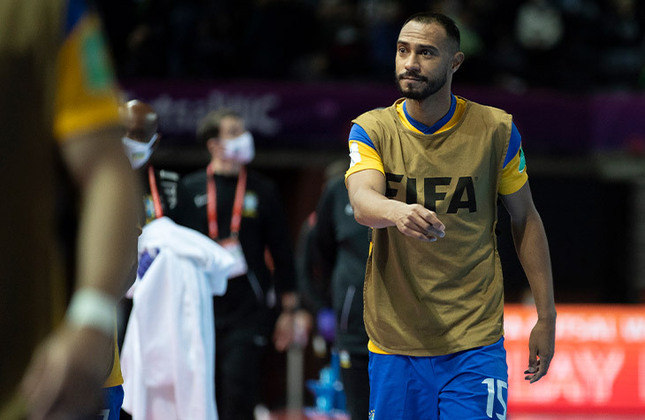 Lé (Fixo) - O atleta de 37 anos está estreando em Copas do Mundo, foi um dos artilheiros da LNF em 2020 e atualmente joga no Corinthians.