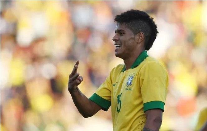 Leandro: chamado por Felipão em 2013, fez gol em amistoso contra a Bolívia.