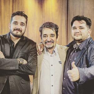 Leandro, Edmar e Leonardo Castelo são donos da rede Ecoville