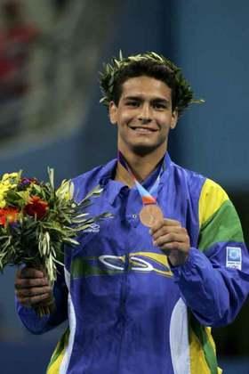 Leandro Guilheiro - Foi medalhista de bronze nos Jogos Olímpicos de Atenas, em 2004, pelo Tricolor. Venceu o moldavo Victor Bivol na disputa pelo bronze.