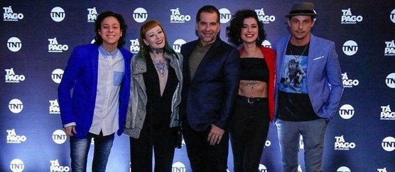 """Leandro Hassum e a equipe que participou da primeira temporada de """"Tá Pago"""""""