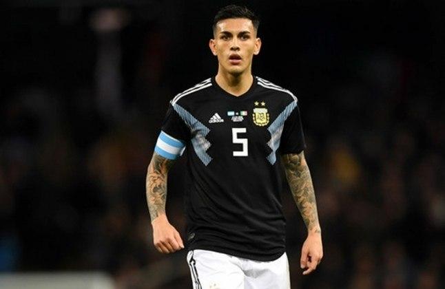Leandro Paredes - O volante argentino ajudaria a proteger a defesa. Assim os craques da frente poderiam brilhar.