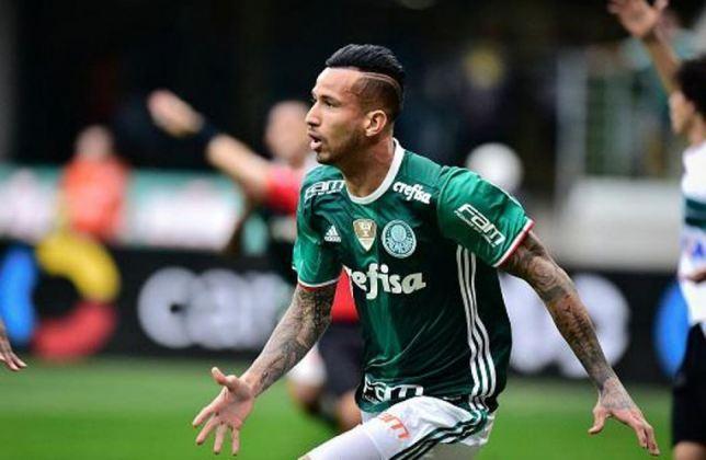 Leandro Pereira (29 anos) - atacante - Time: Gamba Osaka - contrato até janeiro de 2022