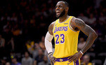 LeBron James, jogador do Los Angeles Lakers, atual campeão da NBA, pediu abertamente votos a Biden.