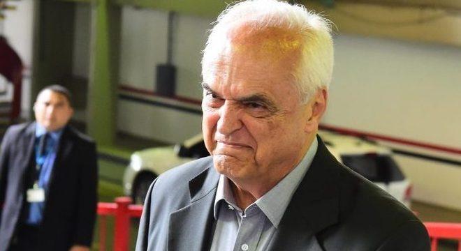Pior presidente da história do São Paulo. Nunca ninguém perdeu tanto