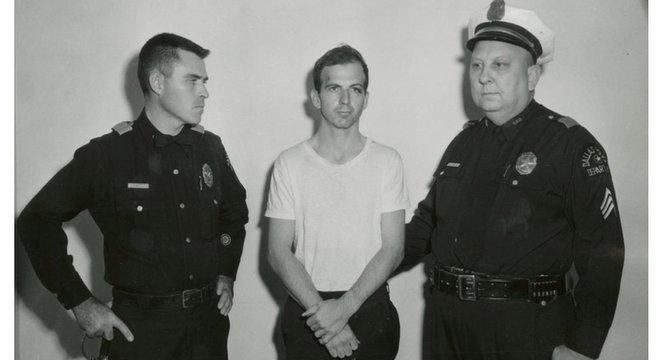 Após ser preso, Oswald negou a autoria do crime