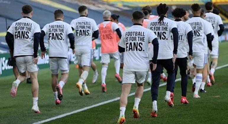 """Jogadores do Leeds Utd, """"O Futebol é dos Fãs"""""""