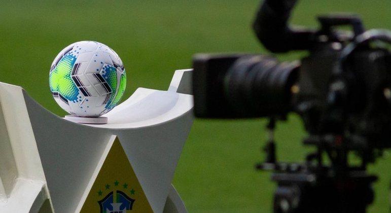 Lei do Mandante quebra tradição de mais de 50 anos nas transmissões futebolísticas