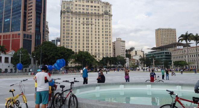 Um dos leilões mais aguardados nesse novo formato é o do edifício A Noite, no Rio de Janeiro