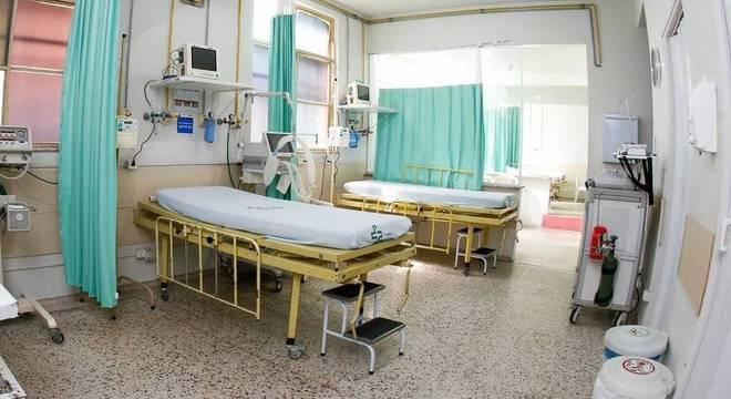 Leitos destinados a tratamento de pacientes com covid-19