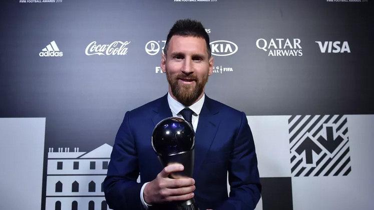 Lenda do Barcelona, o argentino já conquistou quatro Champions League, dez Espanhóis, sete Copas do Rei, oito Supercopas da Espanha, três Mundiais de Clube, três Supercopas da Espanha. Com a Argentina, ele foi campeão olímpico e Mundial Sub-20.