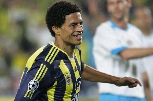 Lenda do Fenerbahce, o meia Alex coleciona 13 assistências na Champions League. O brasileiro atuou na equipe da Turquia entre 2004 e 2012.
