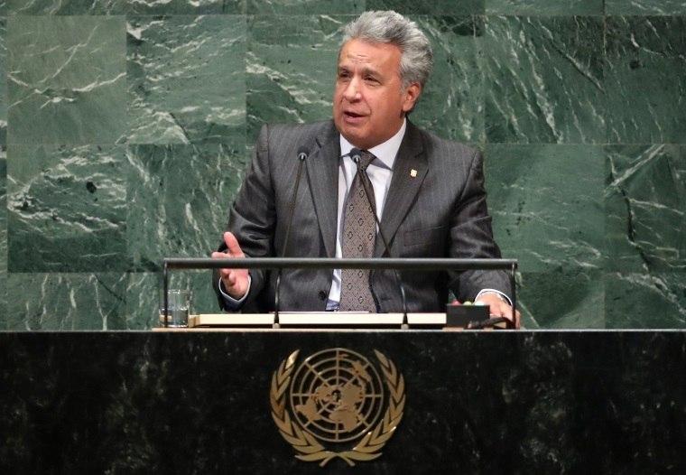 Equador expulsa embaixador da Venezuela