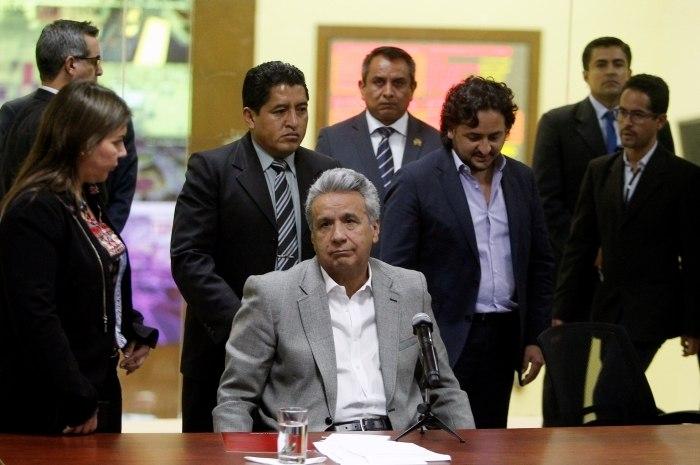 Equador diz ter detido 43 membros de grupo que matou jornalistas