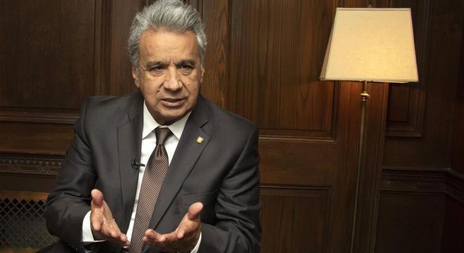 Presidente do Equador, Lenín Moreno, irá consultar autoridades locais