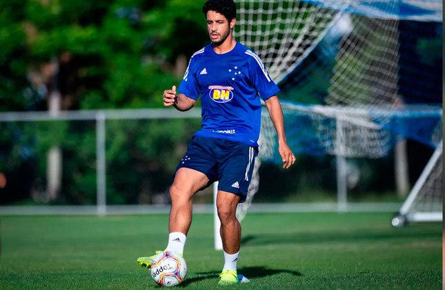 Léo (Brasil) - 33 anos - Zagueiro - Valor de mercado: 1,3 milhões de euros - Sem time desde: 20/05/2021 - Último clube: Cruzeiro