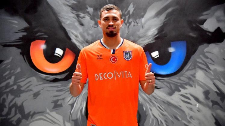Léo Duarte - Time: Basaksehir FK (Turquia) - Posição: Zagueiro - Idade: 24 anos - Contrato de empréstimo até: 30/06/2022