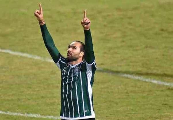Léo Gamalho - Coritiba - Atacante - 35 anos