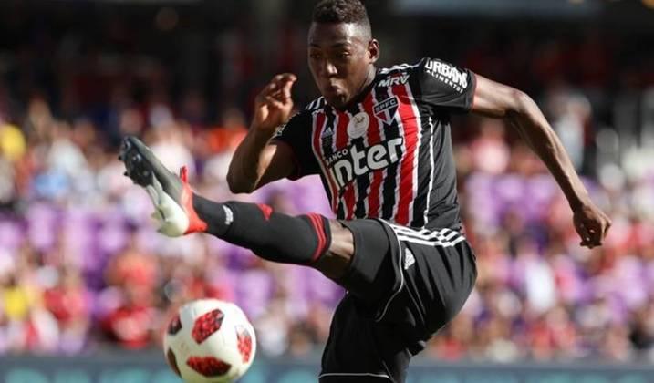 Léo - o zagueiro do São Paulo vem sendo destaque na temporada e sentiu incômodo muscular.