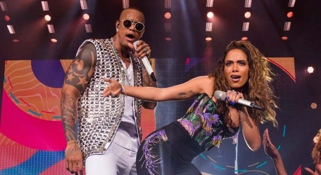 Léo Santana lançou primeiro com Anitta