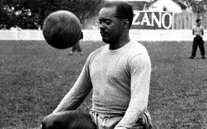 LEÔNIDAS DA SILVA também entra na lista dos 25 maiores goleadores da Seleção Brasileira. Primeiro ídolo a unir a Seleção, o